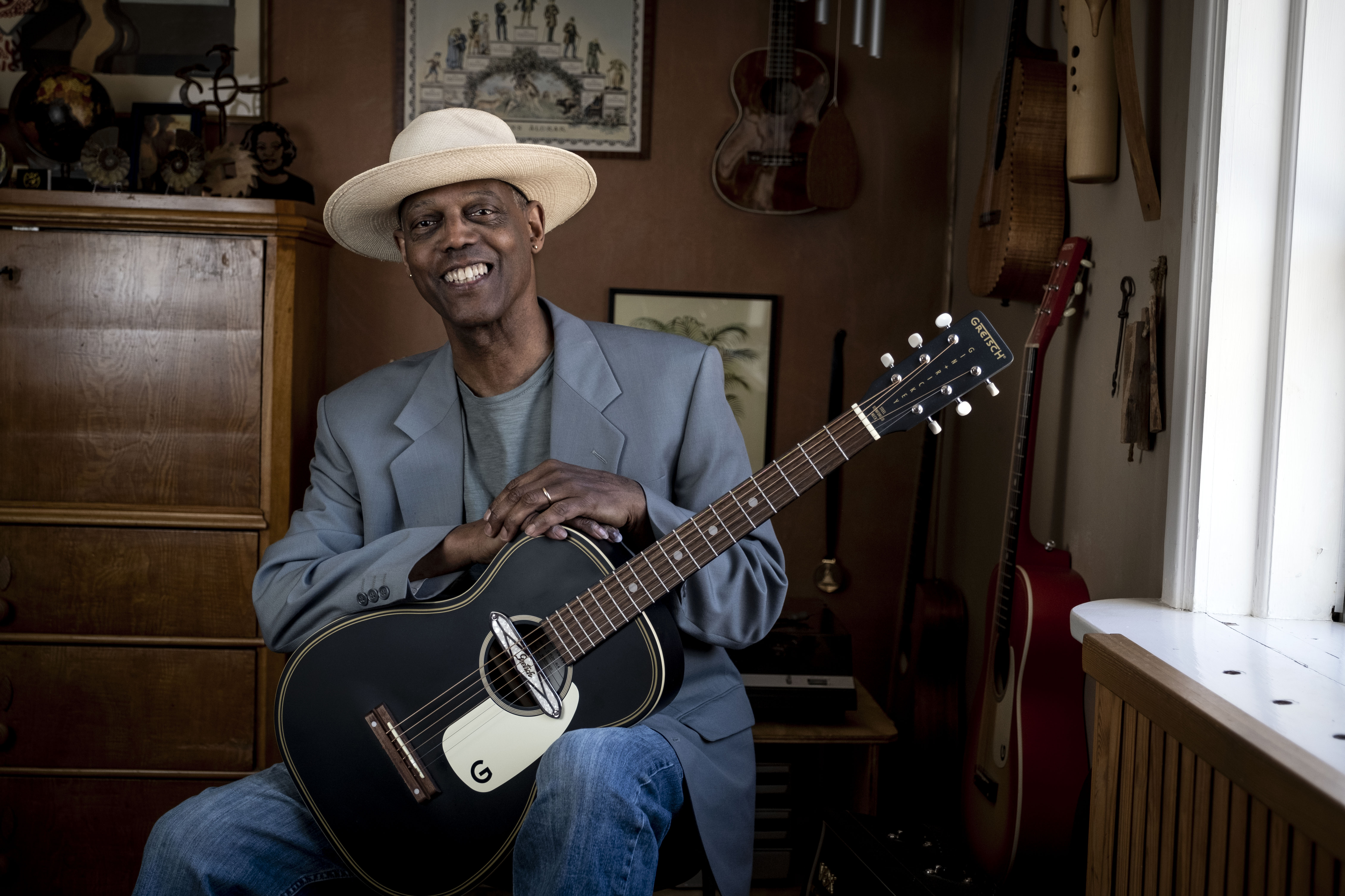 """Eric Bibb: """"Everything can change, if we believe"""""""
